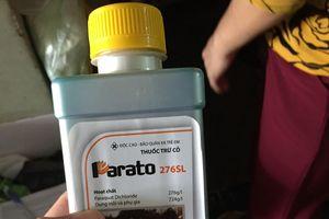 4 anh em ruột trong một gia đình nghi uống thuốc diệt cỏ