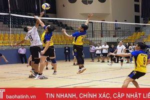 Hấp dẫn Giải Bóng chuyền mừng ngày 20/11 ở Trường Chính trị Trần Phú