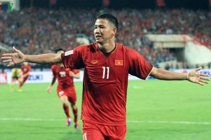 Anh Đức chia tay ĐTQG sau trận đấu với Thái Lan