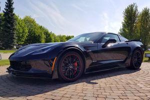 2,7 triệu USD là mức giá cho chiếc Chevrolet Corvette C7 cuối cùng