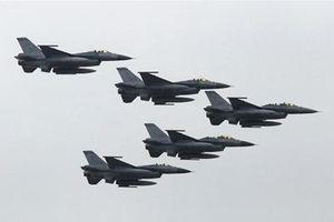 Tiêm kích NATO đánh chặn oanh tạc cơ kỳ lạ của Nga