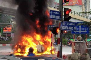 Xác định danh tính nữ tài xế Mercedes cuốn 3 xe máy vào gầm bốc cháy