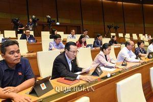 Quốc hội 'chốt' tăng tuổi nghỉ hưu, thêm 1 ngày nghỉ trong năm