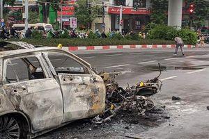 Vụ nữ tài xế Mercedes GLC 250 đâm hàng loạt xe máy gây cháy lớn: Cảnh sát điều tra danh tính cô gái tử vong