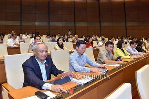 Quốc hội thông qua Bộ luật Lao động (sửa đổi) với 16 điểm mới