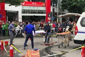 Hà Nội: Người nhà chưa thể nhận dạng cô gái tử vong do xe Mercedes tông vì khuôn mặt biến dạng