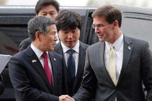 Khi bộ trưởng Quốc phòng Mỹ thăm Thái Bình Dương