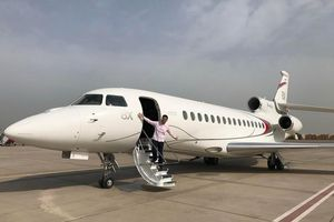 Hai doanh nhân Việt mua máy bay riêng Falcon giá hàng chục triệu USD