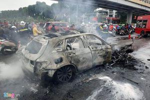Vụ xe Mercedes gây tai nạn chết người ở Hà Nội: Lấy dấu vân tay xác minh danh tính nạn nhân