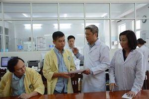 Thứ trưởng Bộ Y tế Nguyễn Trường Sơn kiểm tra vụ tai biến sản khoa tại Đà Nẵng