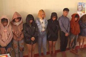 7 cô gái, 1 nam tổ chức 'tiệc' ma túy trong quán Karaoke