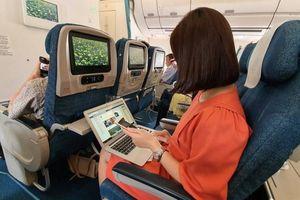 Mang thiết bị điện tử có pin Lithium lên máy bay cần lưu ý gì?