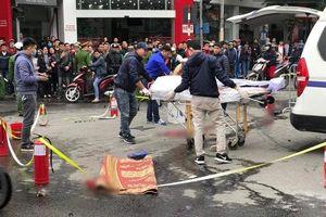 Xét nghiệm ADN để xác minh danh tính nạn nhân bị xe Mercedes tông tử vong trên đường Lê Văn Lương