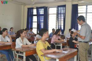 Phú Yên dừng thi tuyển để xét tuyển đặc cách giáo viên