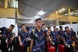 Đội tuyển bóng đá nam và nữ U22 Việt Nam đã tới Philippines