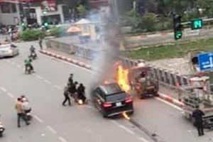 Thông tin bất ngờ về chiếc xe Mercedes gây tai nạn kinh hoàng ở Hà Nội