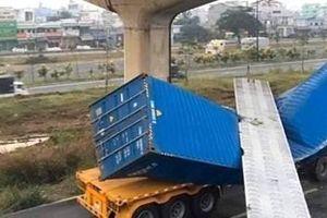 Chuyện khó tin, cầu bộ hành bị container kéo sập không có hồ sơ thiết kế