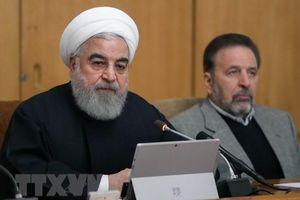 Người dân Iran tuần hành ủng hộ chính phủ trên cả nước