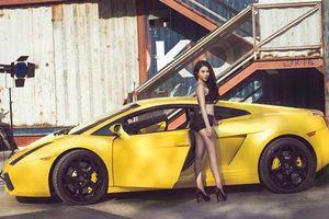 Hot girl Linh Miu nóng bỏng bên Lamborghini Gallardo