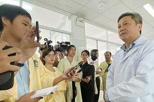 Thứ trưởng Bộ Y tế chỉ đạo công tác xử lý sự cố 3 sản phụ tai biến