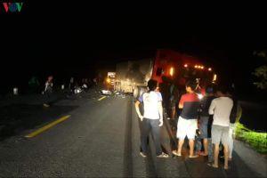 Va chạm với xe container, 2 thanh niên ở Quảng Trị tử vong tại chỗ