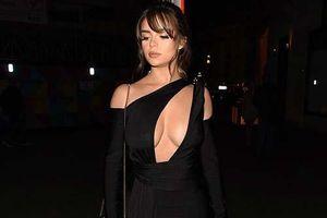 Demi Rose 'thả rông' xuống phố sau khi bị chê bai kỹ năng catwalk
