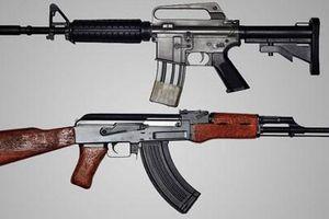 Đọ uy lực súng trường tấn công AK-47 của Nga và AR-15 của Mỹ