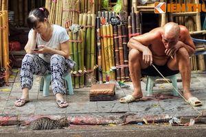 Cảnh tượng choáng ngợp ở con phố độc nhất vô nhị Hà Nội
