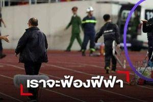 Trợ lý HLV Thái Lan bị tố khiếm nhã với thầy Park không bị sa thải