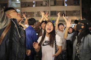 Phe dân chủ Hong Kong chiến thắng áp đảo trong bầu cử cấp quận