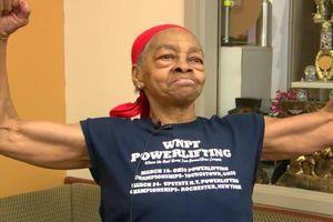 Kẻ lạ đột nhập nhà cụ bà lực sĩ, bị đánh nhập viện ở Mỹ
