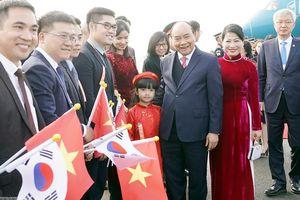 Thủ tướng đến Hàn Quốc, bắt đầu tham dự Hội nghị cấp cao ASEAN - Hàn Quốc