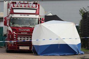 Thêm một nghi phạm bị bắt vụ 39 thi thể người Việt tại Anh