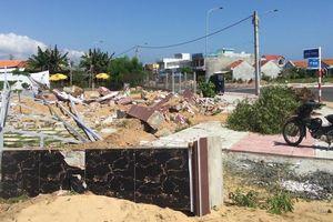 Viết tiếp bài 'bất thường vụ cưỡng chế tường rào ở Phú Yên'