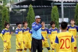 Tuyển nữ Việt Nam gặp đầy khó khăn trước trận đấu Thái Lan
