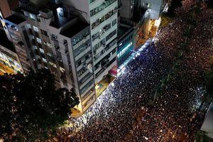 Trung Quốc tố Reuters đưa tin thất thiệt về Hong Kong