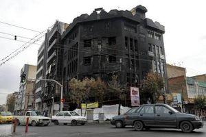 Iran: 731 ngân hàng và 140 trụ sở chính quyền đã cháy
