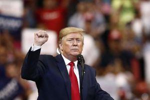 Ông Trump lên án việc luận tội giữa lúc Hạ viện Mỹ gửi trát điều trần