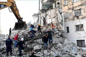 Albania tưởng niệm các nạn nhân trận động đất
