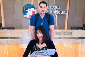 3 ngày sau khi sinh quý tử, Lan Khuê gây sốt khi khoe ảnh gia đình hạnh phúc