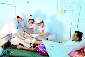 Gia Lai: Phẫu thuật nối ghép thành công cho bệnh nhân bị đứt cẳng bàn chân