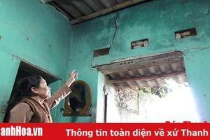 180 hộ dân khu phố Tiền Phong 'mắc kẹt' ở triền đê sông Mã