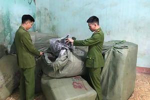 Thu giữ số lượng lớn hàng hóa nhập lậu từ Trung Quốc