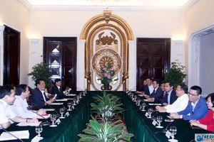 Ban Thường vụ Đảng ủy Khối các cơ quan Trung ương làm việc với Ban Thường vụ Đảng ủy Bộ Ngoại giao