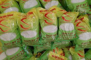 'Sốt' gạo Việt ngon nhất thế giới, coi chừng mua hàng giả