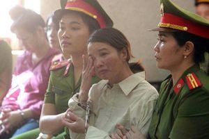 Mẹ nữ sinh giao gà bị tuyên 20 năm tù về tội Mua bán trái phép chất ma túy