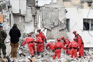 Số thương vong trong trận động đất tại Albania tiếp tục tăng