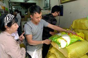 'Gạo ngon nhất thế giới' ST25 cháy hàng, bị làm nhái vì người dân đổ xô tìm mua