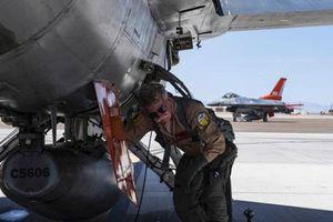 Mỹ hoán cải F-16 thành UCAV lớn nhất thế giới, bay nhanh như tiêm kích