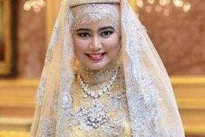 Đời tư kín tiếng của con gái Quốc vương Brunei - người sở hữu khối tài sản khổng lồ cùng tòa nhà dát vàng lóa mắt